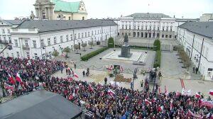 """Dziś trzy tablice, jutro pomnik? """"Krakowskie to naturalne miejsce"""""""