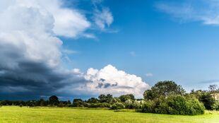 Pogoda na dziś: upalnie i burzowo