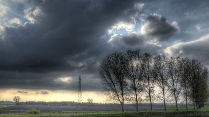 Prognoza pogody na dziś: będzie deszczowo i wietrznie